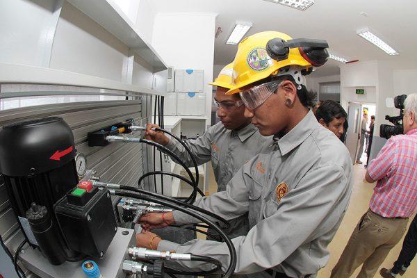 Taller para especialidad Mecánica Industrial