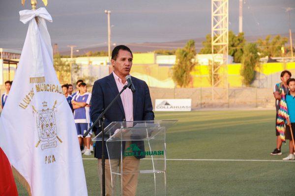 Luciano Malhue, Gerente de Relaciones con la Comunidad de Collahuasi en la inauguración del torneo.