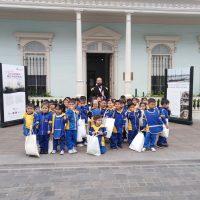 """Durante Mayo los niños pintan su mirada de """"La Guerra del Pacífico"""" en Casa Collahuasi"""