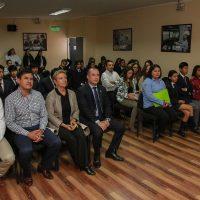 Liceo Bicentenario Minero S.S. Juan Pablo II de Alto Hospicio renovó compromiso bicentenario.